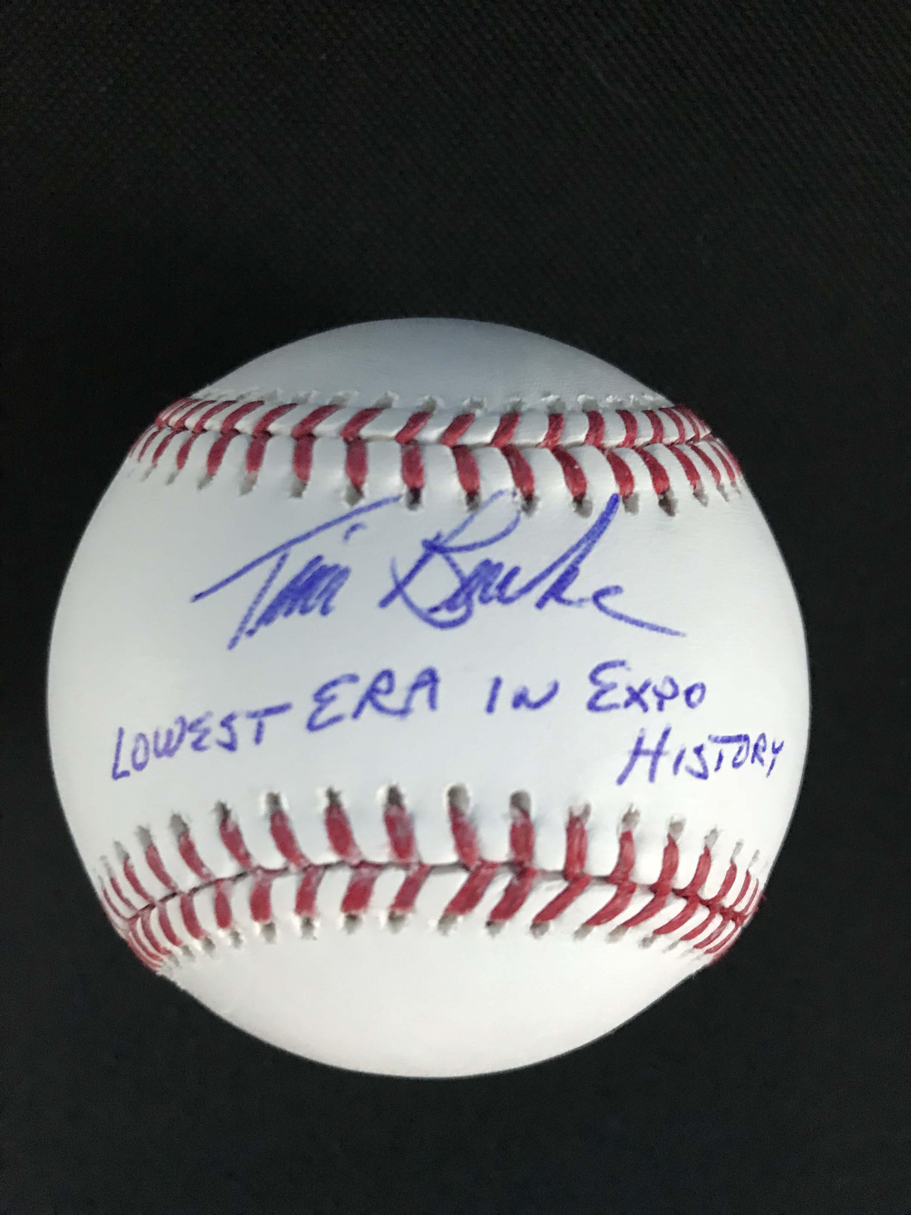 Balle signée par Tim Burke