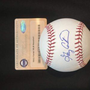 Baseball signed by Gary Carter