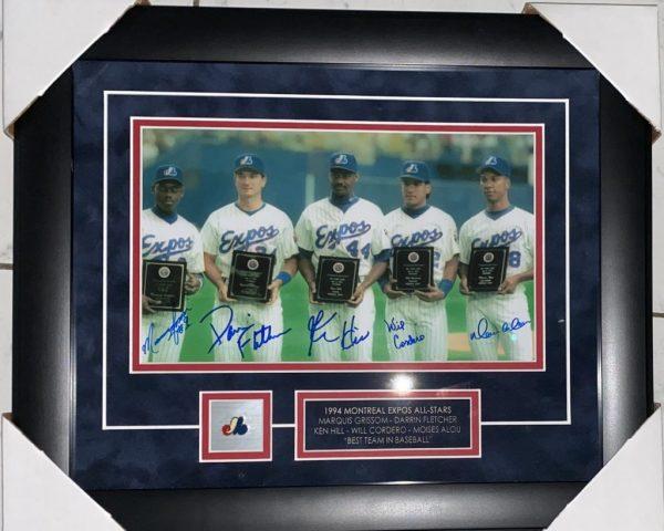 1994 Expos All Stars Signée par Marquis Grissom, Darrin Fletcher,Ken Hill, Will Cordero et Moises Alou photo 8x12 et spectaculairement encadré !