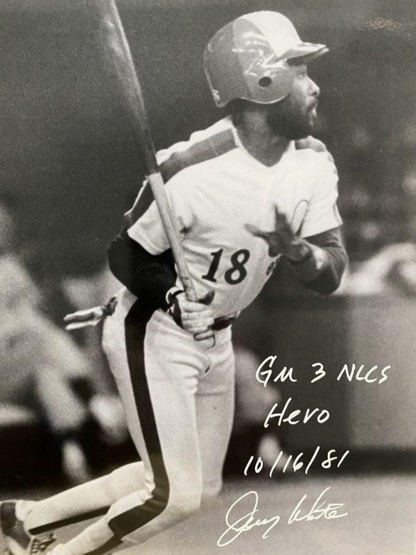 Photo 8x10 signée par Jerry White GM 3 NLCS Hero 10/16/81