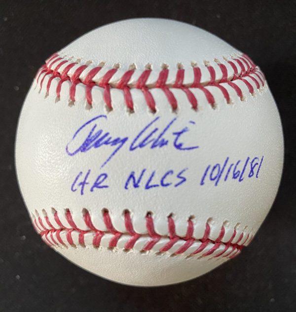Balle signée par Jerry White HR NLCS 10/16/81