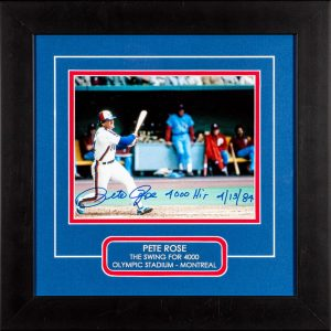 "Montage Expos autographié par Pete Rose avec inscription ""4000 HIT 4/13/84"". Photo 8×10 encadrée."